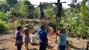 s. 4 og 5, 3. Landsbybeboerne fik penge til kyllingehus